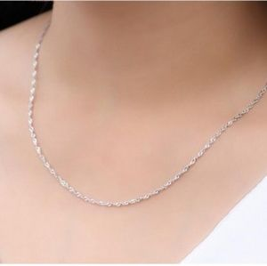 Accessories - Silver Necklace Sparkly and Beautiful